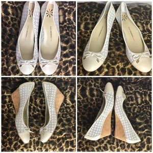 🌺NWT Perforated Cream Leather Cork Wedges 8.5M